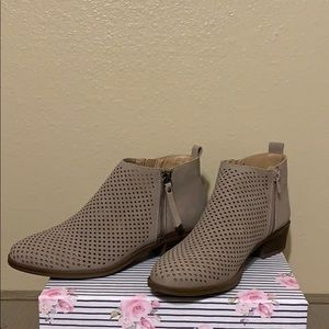 Women's  Bootie Size 8 1/2 NWT